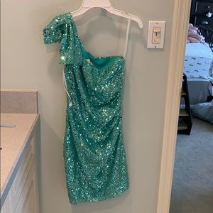 Turquoise sequence cocktail dress